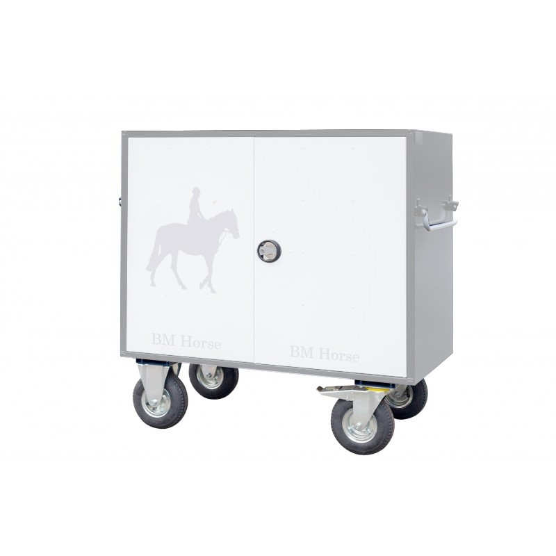 szaro biała aluminiowa skrzynia na sprzęt jeździecki