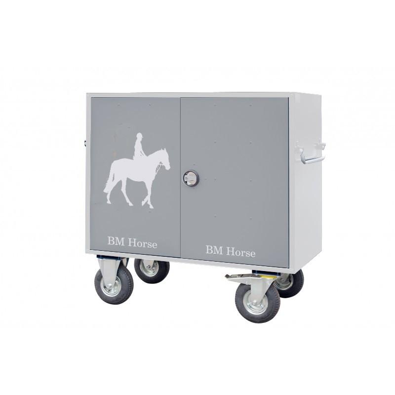 szara aluminiowa szafka jeździecka